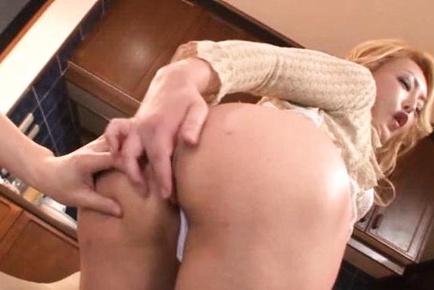 Shizuko fujiki asian has huge squirt while is have intercourse in butt. Shizuko Fujiki Asian has huge squirt while is make love in bottom